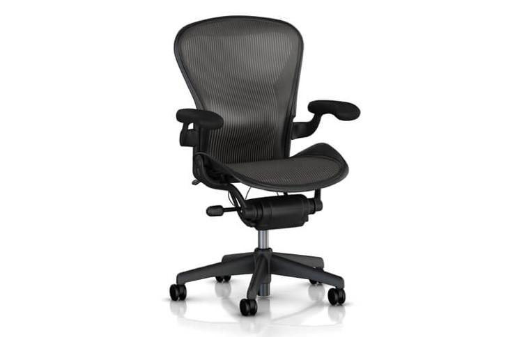 De Aeron bureaustoel is een zeer comfortabele bureaustoel. De stoel is in 1992 ontworpen door de Amerikaanse designers Don Chadwick en Bill Stumpf.