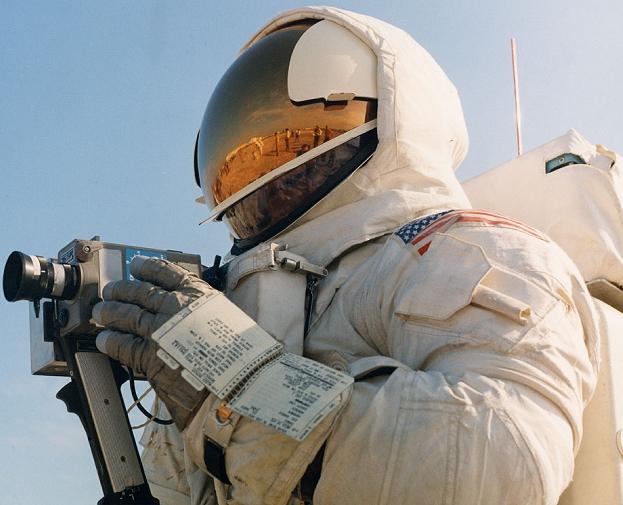 Checklist NASA astronaut